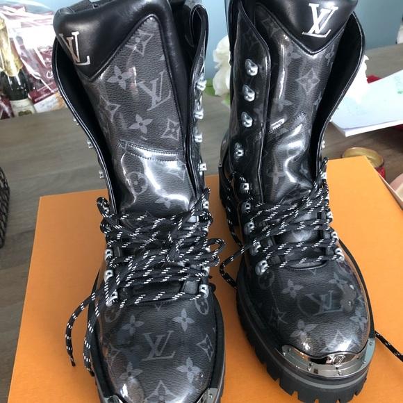0791610d18f1 Louis Vuitton Men s boots